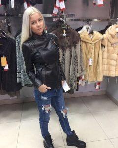 Куртка из кожи цвет черный